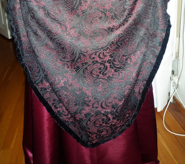 bustle_front